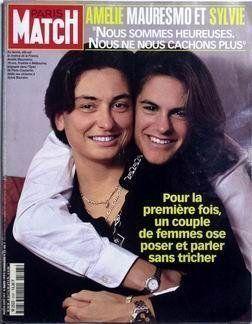Stéphane Bern présente son compagnon en couverture de Paris Match et se fait