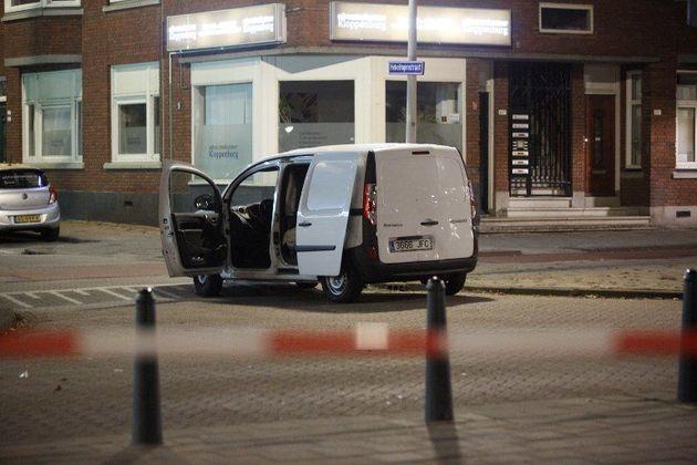 Un concert annulé à Rotterdam après la découverte d'une camionnette contenant des bouteilles de