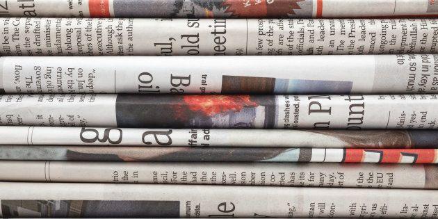 Des journaux.