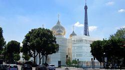 Comment la Russie a réussi à construire une imposante église orthodoxe au pied de la tour