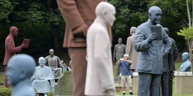Le parc de Cihu, à Taïwan, où plus de 200 statues controversées de Tchang Kaï-chek ont été
