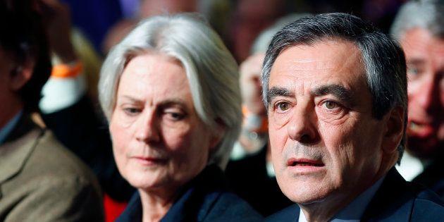 François Fillon entendu par le juge dans l'enquête sur les emplois