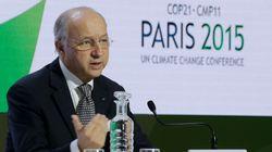 Macron organise le SAV de la COP21 en décembre, deux ans après le coup de marteau de