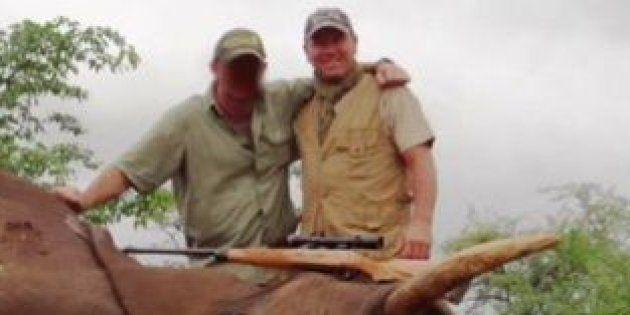 Pascal Olmeta dans sa vidéo de chasse à l'éléphant en