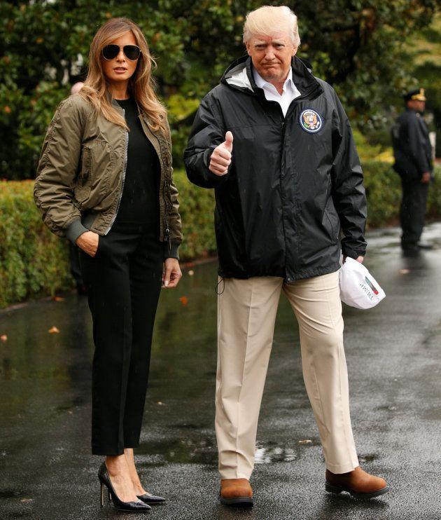 Melania Trump part pour le Texas inondé en talons aiguilles, un choix vestimentaire qui a vraiment du...
