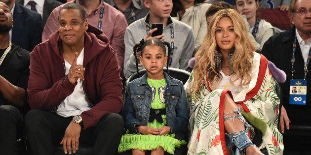 Jay Z, Blue Ivy Carter et Beyoncé Knowles lors du NBA All-Star Game dimanche 19