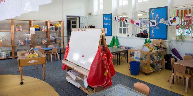 Dédoublement des classes de CP: des enseignants contraints de partager leur salle avec un