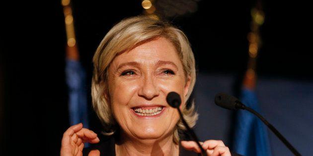 Marine Le Pen en meeting à Clairvaux-les-Lacs, le 17