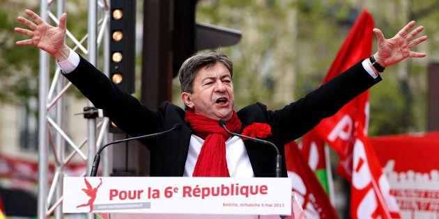 Touché mais pas coulé par la victoire de Benoît Hamon à la primaire, Jean-lUc Mélenchon mise sur sa campagne...