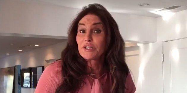 La colère des internautes s'abat sur Caitlyn Jenner qui s'émeut des mesures anti-trans de