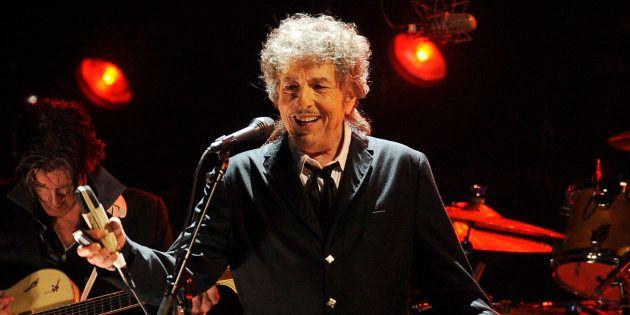 Après plusieurs semaines de silence, Bob Dylan est sorti de sa réserve et s'est exprimé sur son prix...