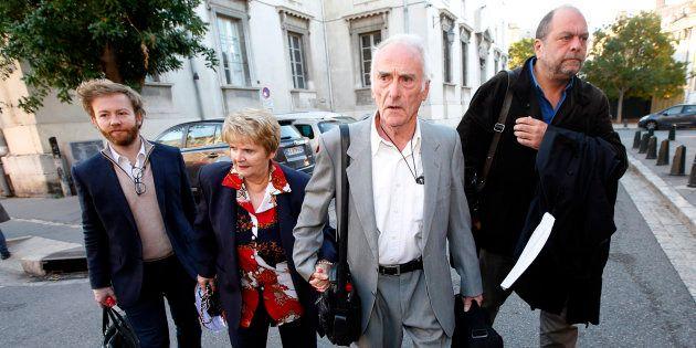Les époux Le Guennec arrivant à la cour d'appel d'Aix-en-Provence le 31 octobre