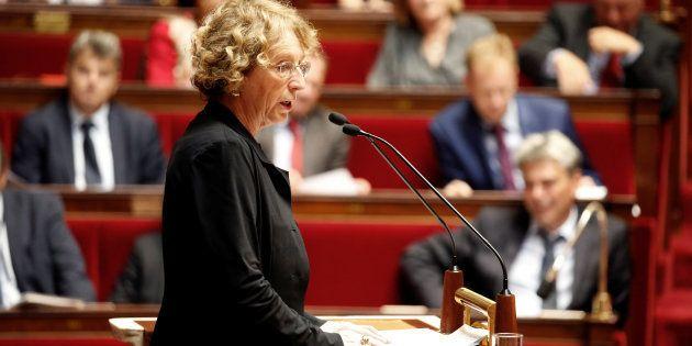 Muriel Pénicaud marque un point contre l'opposition sur la loi