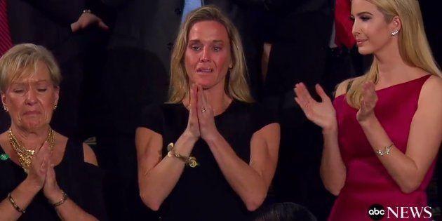 Cet hommage de Trump a ému et fait lever tout le Congrès pendant plusieurs