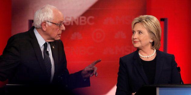 Hillary Clinton s'en prend à Bernie Sanders et