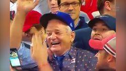 Bill Murray ivre de bonheur après la victoire de son équipe favorite de