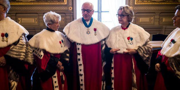 La Cour de cassation répond sèchement à Hollande et