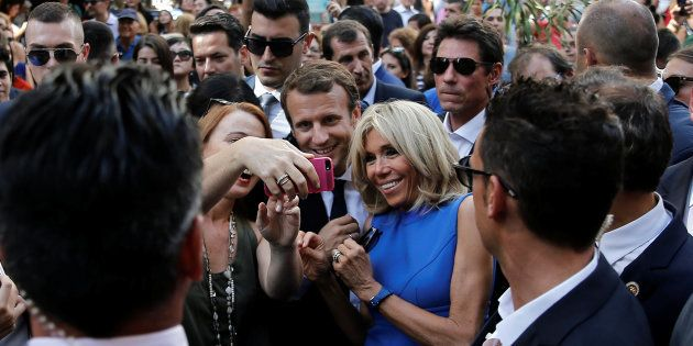 Avec sa lourde chute dans les sondages, Macron paye-t-il le prix du marketing