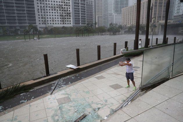 La Floride frappée par l'ouragan Irma, rétrogradé en tempête