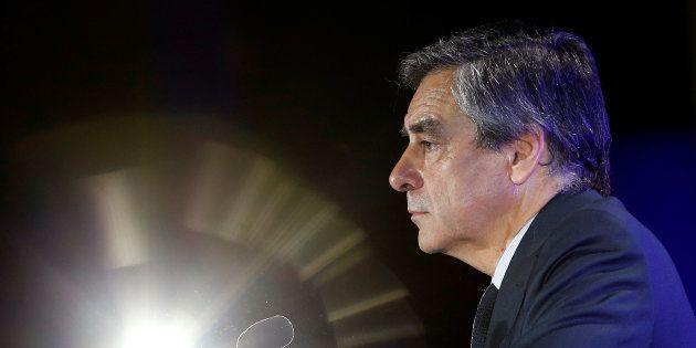 Pour nous, militants Les Républicains, le maintien de François Fillon est un désastre. REUTERS/Jean-Paul