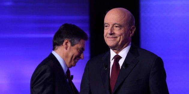 Alain Juppé et François Fillon lors du débat d'entre-deux-tours de la primaire de la