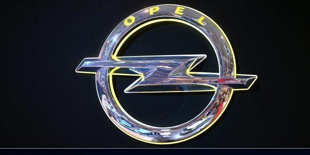 PSA entérine le rachat d'Opel qui passe sous pavillon