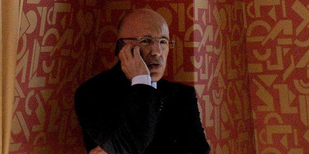 iPhone 8: Éric Ciotti propose d'interdire les produits