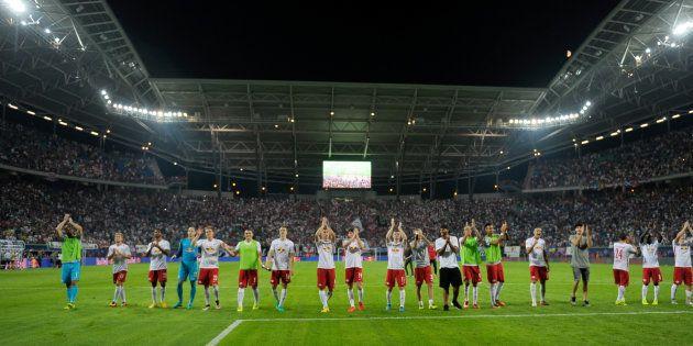 Les joueurs du RB Leipzig après une victoire contre Dortmund le 10 septembre
