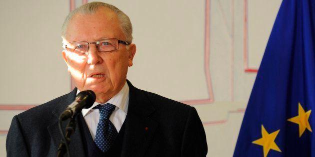 L'ancien Président de la Commission européenne Jacques Delors lors d'une conférence de presse le 7 février...