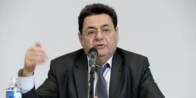 Le maire de Villeurbanne révèle son cancer pour briser