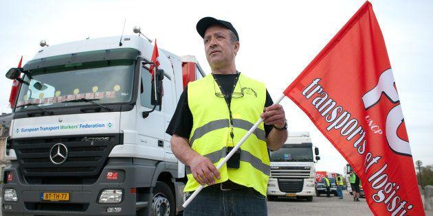 Avec la grève des routiers, le mouvement anti-loi travail rentre dans le