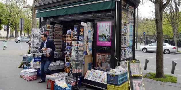 Un kiosque à journaux parisien (photo