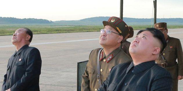 Kim Jong-Un assistant au nouveau tir de missile nord-coréen le 15 septembre