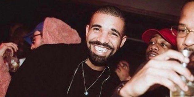 Drake a porté un masque de Kanye West durant son concert à Copenhague le 7