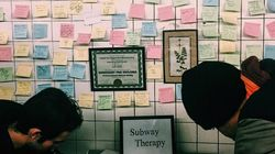 Des New-Yorkais organisent une grande thérapie de groupe dans le
