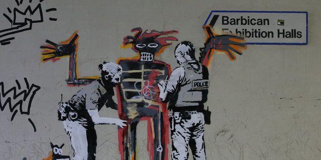 À Londres - non loin du Barbican Center, lieu de la prochaine exposition en hommage à Basquiat - le Britannique...