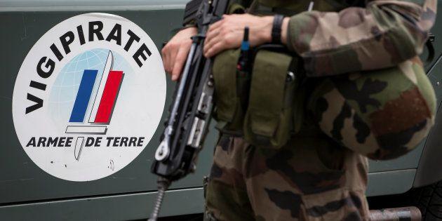Attaque d'un militaire proche de Châtelet à Paris: l'agresseur mis en