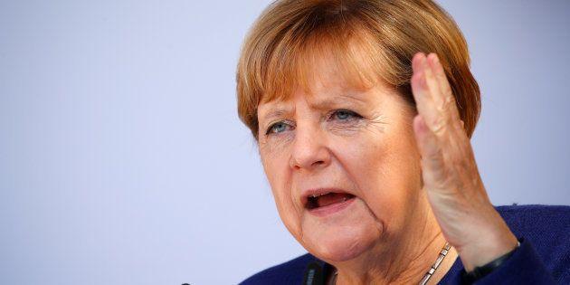 La difficile équation de la coalition de Merkel face à l'extrême