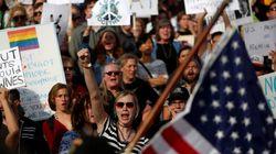 Aux États-Unis, les manifestations anti-Trump ne faiblissent
