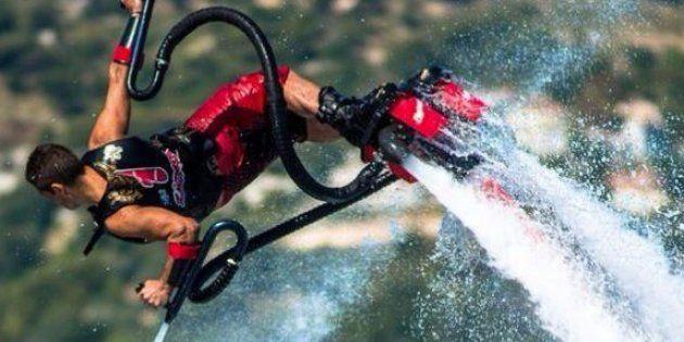 Franky Zapata, l'inventeur du FLyboard Air se dit interdit de vol en