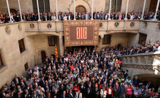 Le FC Barcelone condamne les arrestations menées avant le référendum en