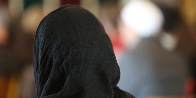 Peut-on interdire le foulard islamique au
