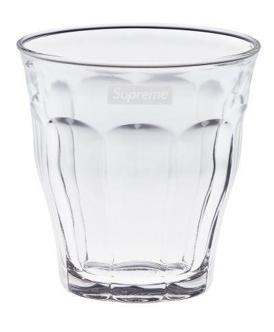 La folie Supreme s'empare des verres Duralex (et ça fait mal au