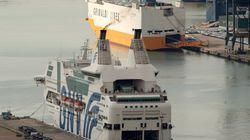 Madrid loue d'énormes ferries pour loger les milliers de policiers appelés en renfort en