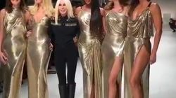 Au défilé Versace de Milan, Carla Bruni et des top models des années 90 enflamment le