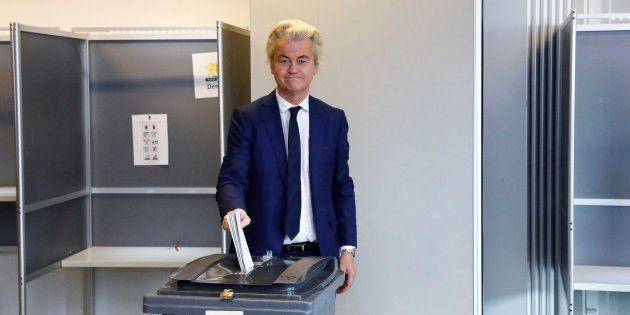 Geert Wilders votant à La Hague le 15 mars