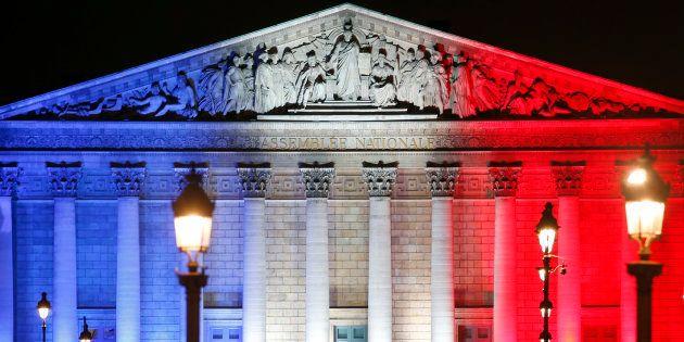 Pourquoi il est plus urgent de réformer les institutions que de demander une 6ème République. REUTERS/Charles