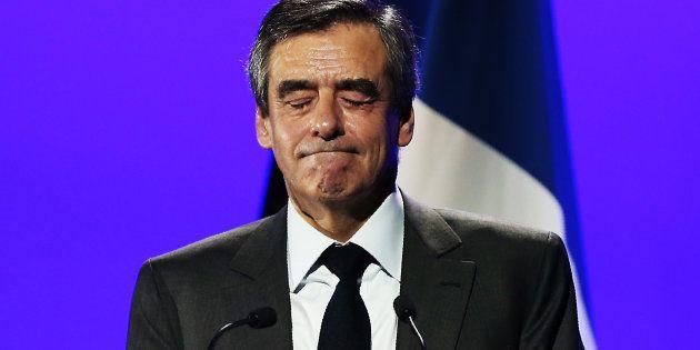 François Fillon lors d'un discours à Caen le 16 mars