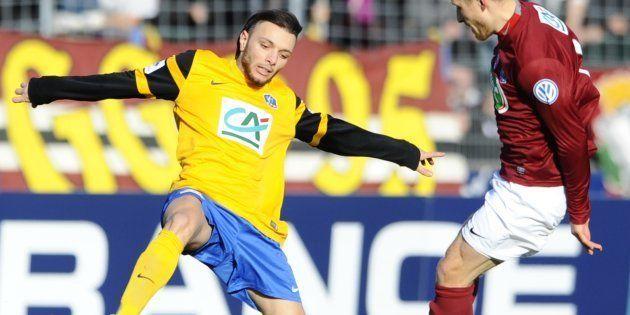Youcef Touati avec Epinal face à Metz en Coupe de France, en janvier