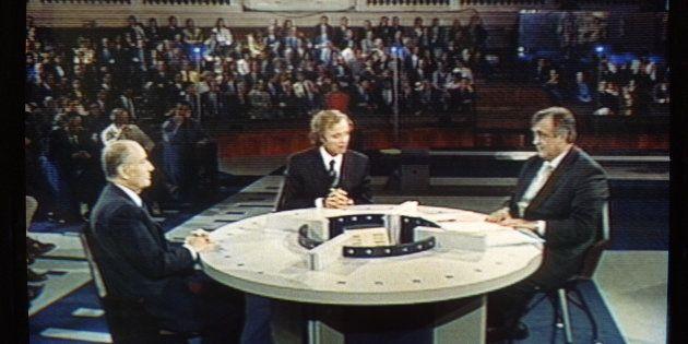 François Mitterrand face à Philippe Séguin à la Sorbonne en